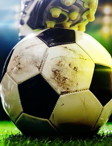 Como Montar um Campo de Futebol Society com Grama Sintética