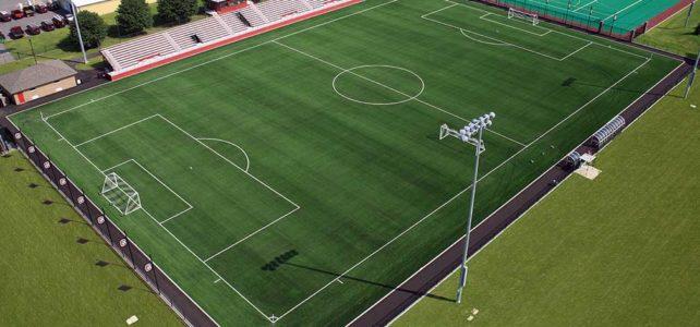 Césped sintético para fútbol es tendencia en las nuevas canchas