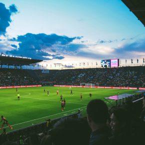 Como el césped sintético y el VAR (Vídeo Assistant Referee) cambiaron el fútbol