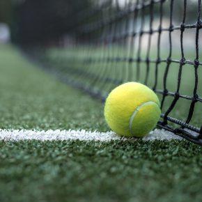 7 esportes que você pode praticar em campos de Grama Sintética