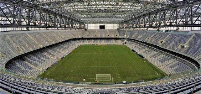 Conheça os estádios Brasileiros que contam com um campo de grama sintética