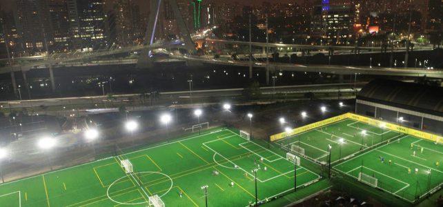 BR Arena: único campo para a prática de futebol society com grama sintética sem borracha
