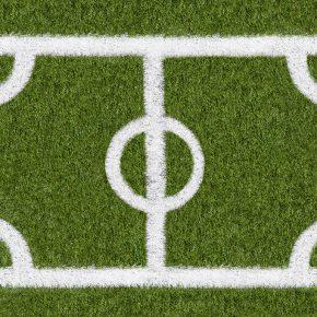 Entenda a demarcação de um campo de futebol com grama sintética